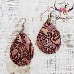 Burgundy Teardrop - Medium