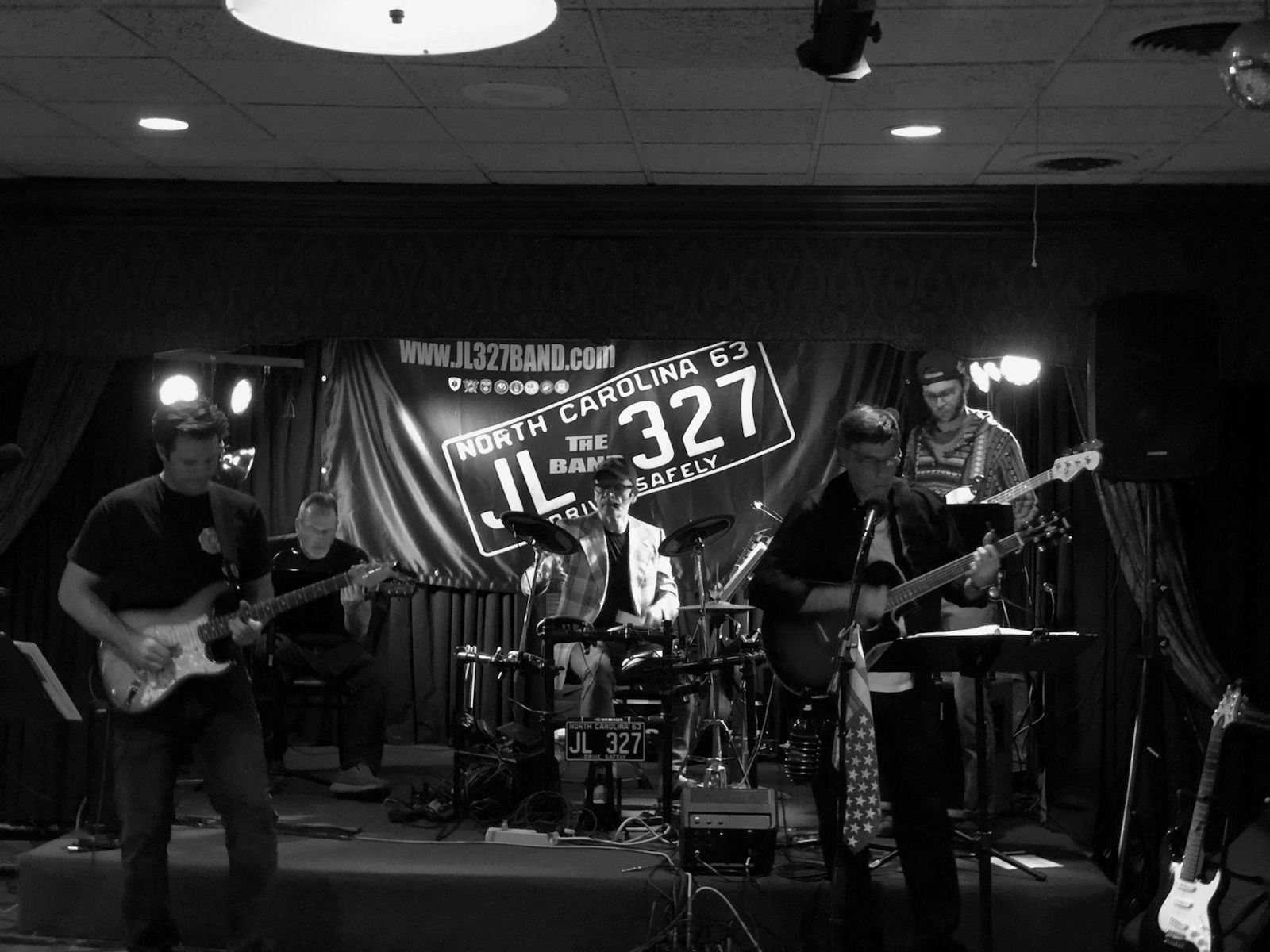 JL327 LIve on stage in Cincinnati Ohio   playing at Tavern on the Hill