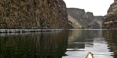 Kayaking Lake Billy Chinook