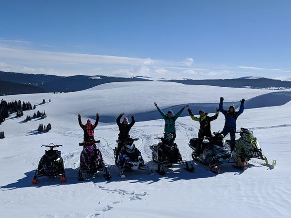 Bighorn Mountain Ladies Snowmobile Clinics and Snowmobile Guide