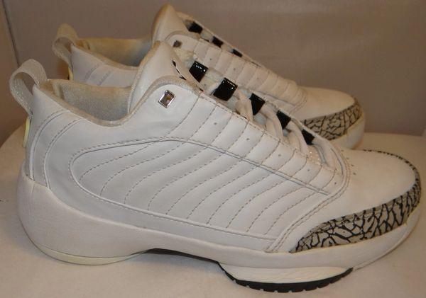 Jordan Show'em Size 5.5 309019 111 #3408
