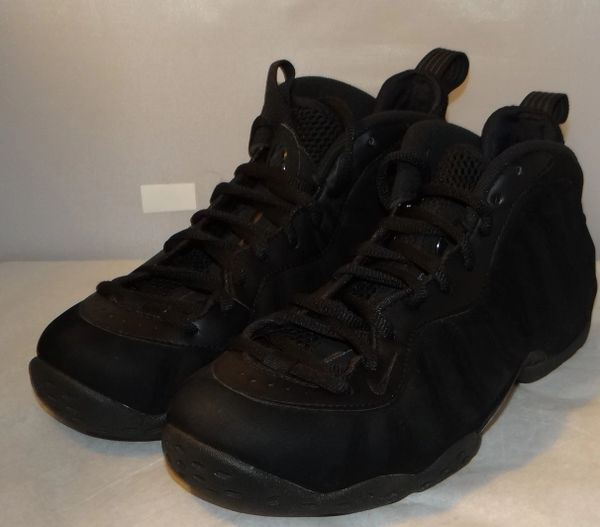 New, Tried On Triple Black Foamposites Size 8 575420 006 #5044