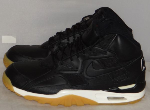 WORN ONCE Bo Jackson Black Gum Size 9.5 AA1120 001 #5112