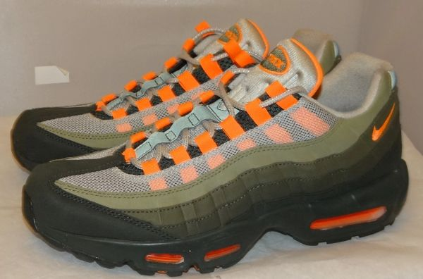 Air Max Neutral Olive Size 9 AT2865 200 #5171