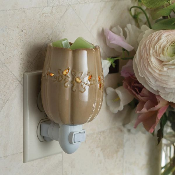 Fall Harvest Pluggable Wall Warmer
