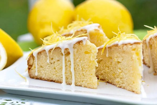 Cool Lemon Cake Clamshells