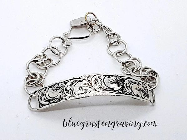 Bella Engraved Bar Bracelet