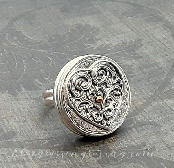 Elizabeth Heart Filigree Silver Ring