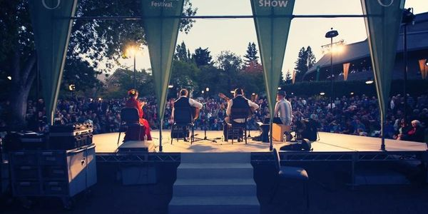 flamenco pacifico perfroms at #OSFAshland ,Oregon Shakepeare Festival , Green Show