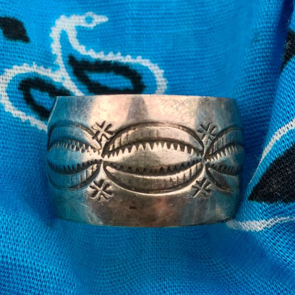 SOLD 1920s SILVER INGOT WIDE PEAKED STAMPED BAND RING