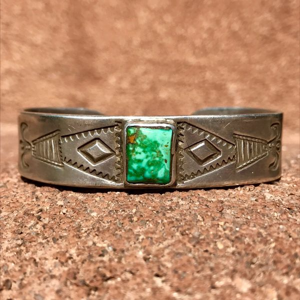 SOLD 1920s FLUER DE LIS PUEBLO STAMPED INGOT SILVER CUFF BRACELET WITH GREEN TURQUOISE 3 STONES
