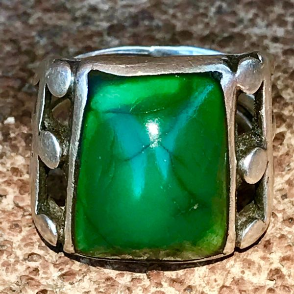 SOLD 1910s INGOT SILVER POT BELLIED GREEN CERRILLOS TURQUOISE RING