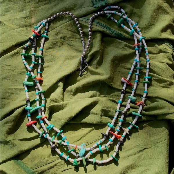 SOLD 1960s PUEBLO INDIAN TREASURE NECKLACE WITH SHELL, BENCH BEADS & TURQUOISE HEISHE & TABS