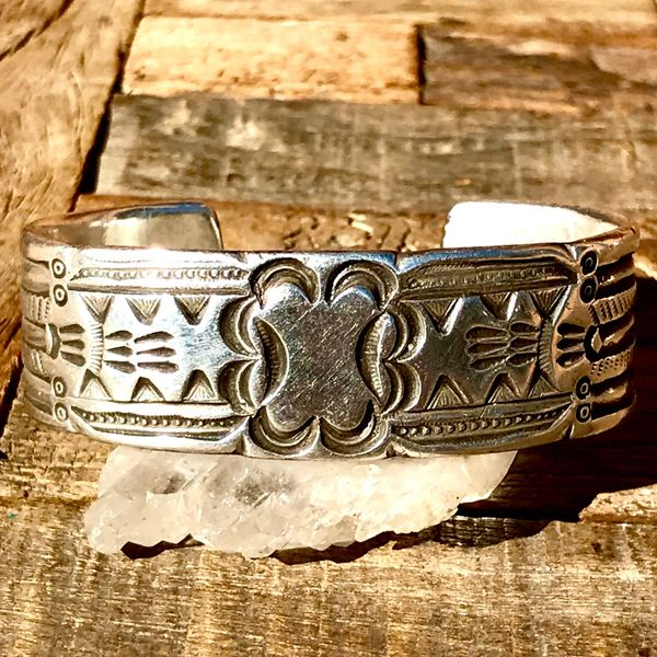 SOLD 1920s EXCEPTIONALLY RARE CHISELED, CARVED & HANDMADE STAMPED NAVAJO RUG STYLE CUFF BRACELET