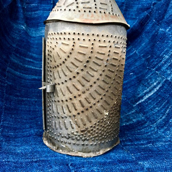 1700s REVOLUTIONARY WAR ERA AMERICAN PIERCED METAL TIN LANTERN