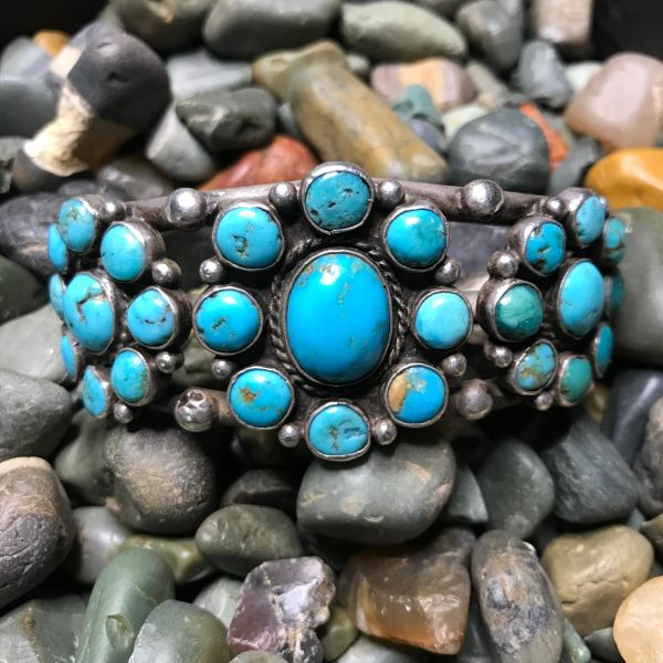 1930s BLUE TURQUOISE WIDE ZUNI SILVER CLUSTER BRACELET