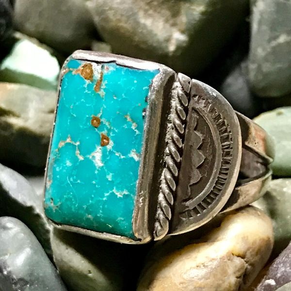SOLD 1940s STAMPED SIDE SHIELD BLUE GEM RECTANGLE TURQUOISE INGOT SILVER RING