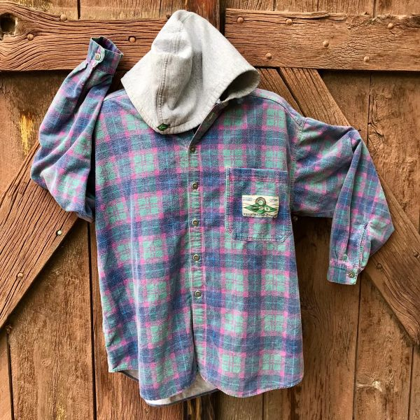 SOLD 1990s QUICK SILVER SALT WATER DENIM PINK PLAID ALL COTTON HOODIE SHIRT SWEATSHIRT PLAID FLANNEL