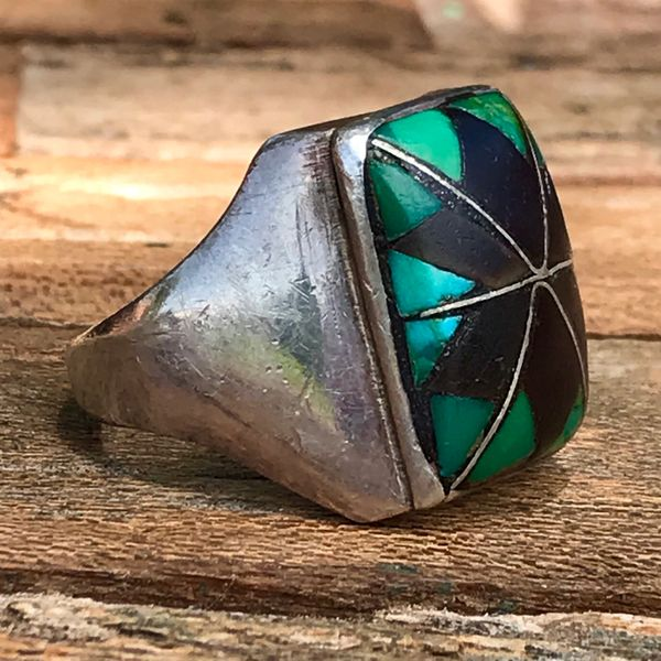 SOLD 1950s ZUNI MENS JET & GREEN TURQUOISE BIG SANDCAST SILVER RING