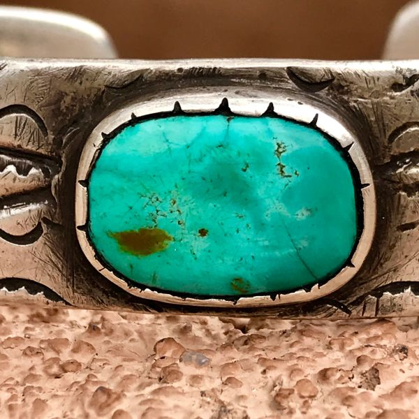 1920s REPOUSSE' INGOT SILVER FILE STAMPED BLUE TURQUOISE CUFF BRACELET