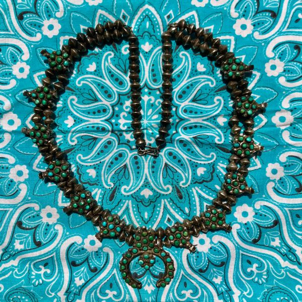 1940s SILVER DOUBLE ROW BENCH BEADS ZUNI CLUSTER PETIT POINT GREEN TURQUOISE SQUASH BLOSSOM NECKLACE 24""