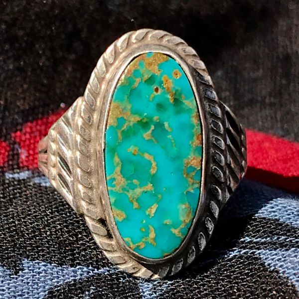 1930s OVAL ROYSTON VIVID LIGHT BLUE TURQUOISE SILVER RING