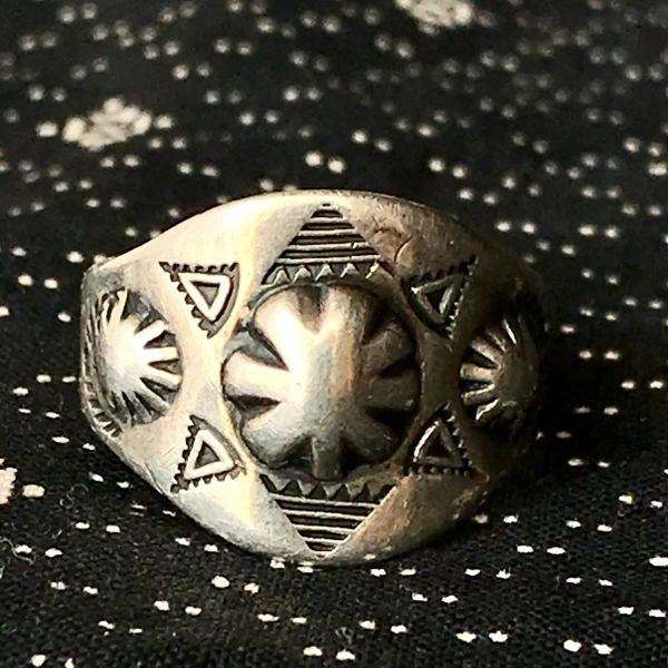 1930s REPOUSSE' CIGAR BAND PEYOTE SILVER TRADING POST FRED HARVEY ERA RING