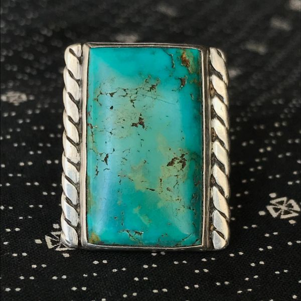 1940s VIVID BLUE & GREEN ROYSTON TURQUOISE RECTANGLE MENS LARGE FINGER LONG SILVER RING