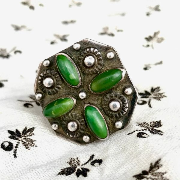 SOLD 1940s FRED HARVEY ERA CERILLOS GREEN TURQUOISE TOURISM SILVER SMALL ZUNI CLUSTER RING