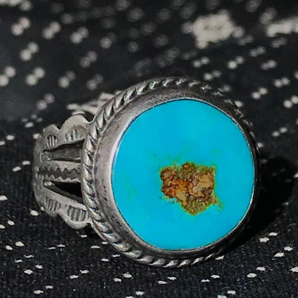 1930s NEON BLUE ROYSTON TURQUOISE ROUND SILVER RING