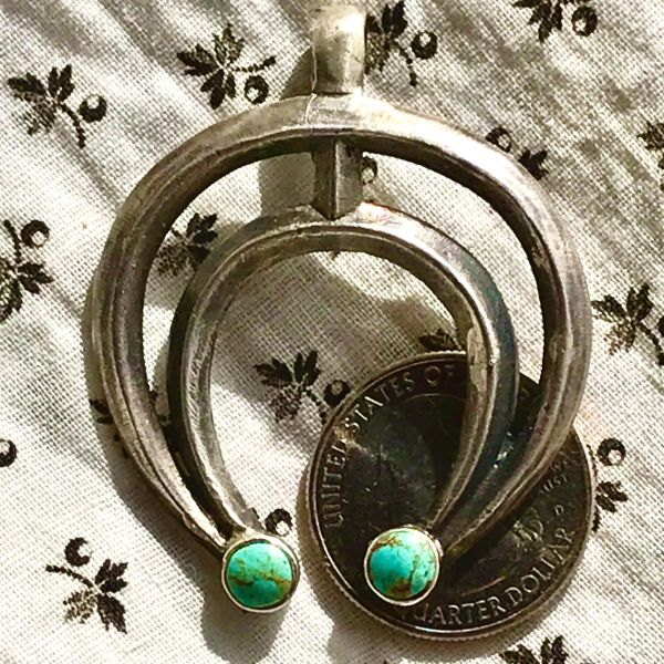 1940s TRADING POST FRED HARVEY ERA GREEN TURQUOISE SILVER NAJA PENDANT
