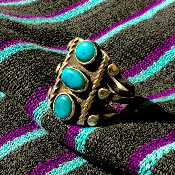 1920s NEON BLUE STOPLIGHT TURQUOISE INGOT SILVER TWISTED WIRE ROPE RING