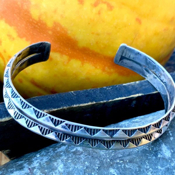 1920s STACKABLE ESRLY STAMPED CARINATED INGOT SILVER CUFF BRACELET