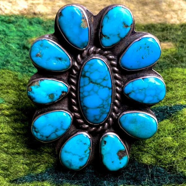 1930s SPIDERWEB BLUE GEM TURQUOISE FLORAL ZUNI CLUSTER LONG SILVER RING