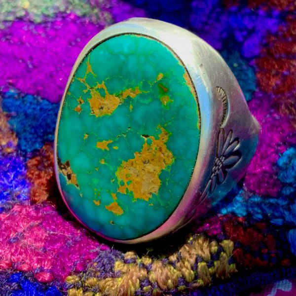 SOLD 1950s HUMONGOUS OVAL ETHEREAL DARK NEON CARIBBEAN / AJAXY BLUE GREEN WATER WEBBED BLUE GEM ROYSTON TURQUOISE &SILVER MENS RING