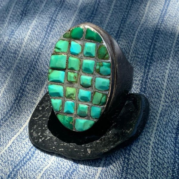1940s HUGE HEAVY BIG LARGE MENS GREEN ZUNI OVAL CAST SILVER RING
