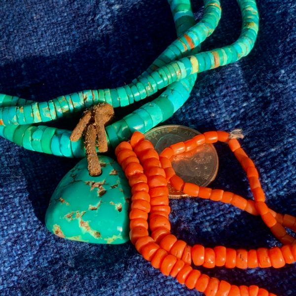 SOLD 1930s STRAND OF GRADUATED SMALL CORAL BEADS FOR A NECKLACE