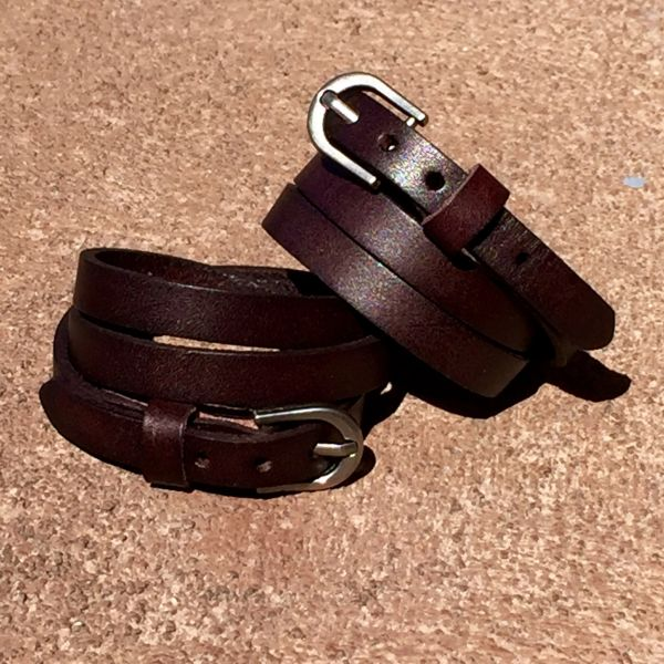 BROWN LEATHER 1 BUCKLE TRIPLE WRAP BRACELT CUFF