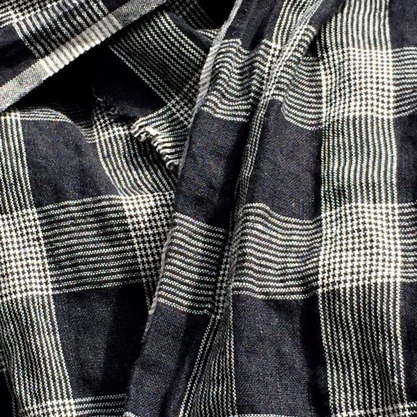 BLACK & WHITE PLAID LINEN SCARF