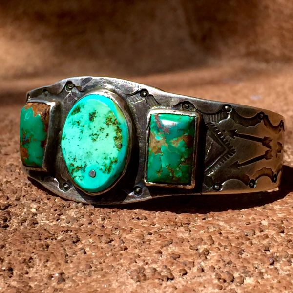 SOLD 1920s CAST INGOT SILVER ARROW STAMPED 3 TURQUOISE STONE CUFF BRACELET
