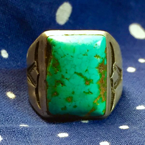 SOLD 1920s SOUTHWEST AMERICAN STEER BULL HORNS STAMPED BLUE TURQUOISE MENS RING