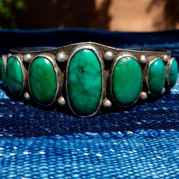 1920s INGOT SILVER STAMPED AMERICAN WIDE 7 CERILLOS TURQUOISE OVAL STONE CUFF