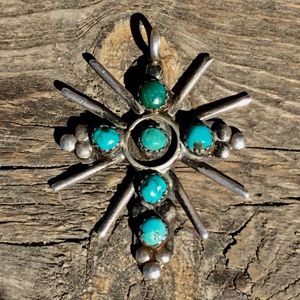 1940s SILVER TURQUOISE PETITE POINT CATHOLIC CROSS