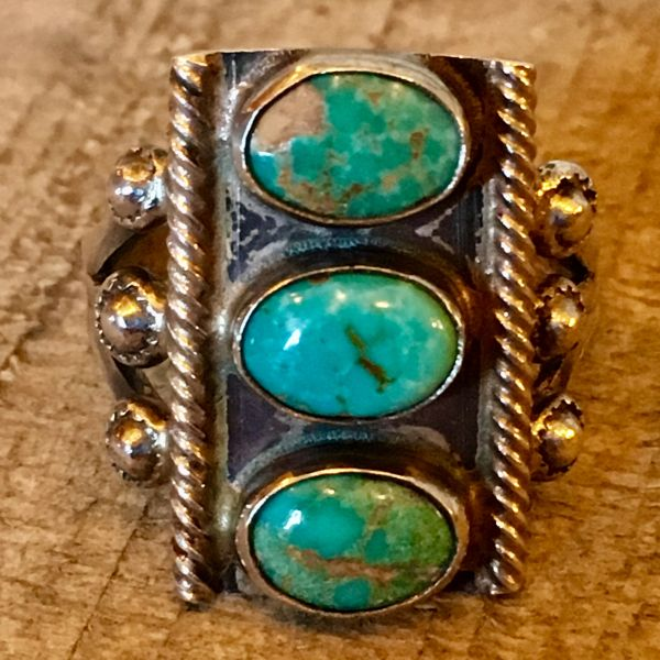 SOLD 1920s STOPLIGHT OVAL BLUENANS GREEN TURQUOISE ROPE SILVER RING