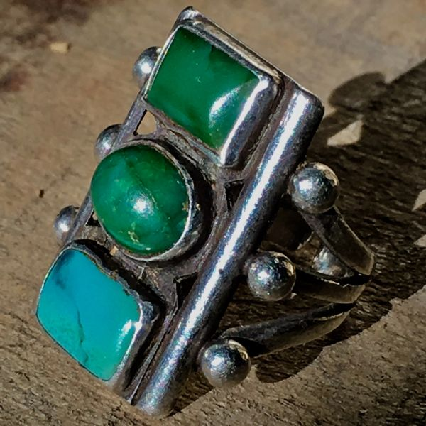 SOLD 1920s STOPLIGHT OVAL & RECTANGLE BEVELED BLUE GREEN CERILLOS TURQUOISE SILVER RING