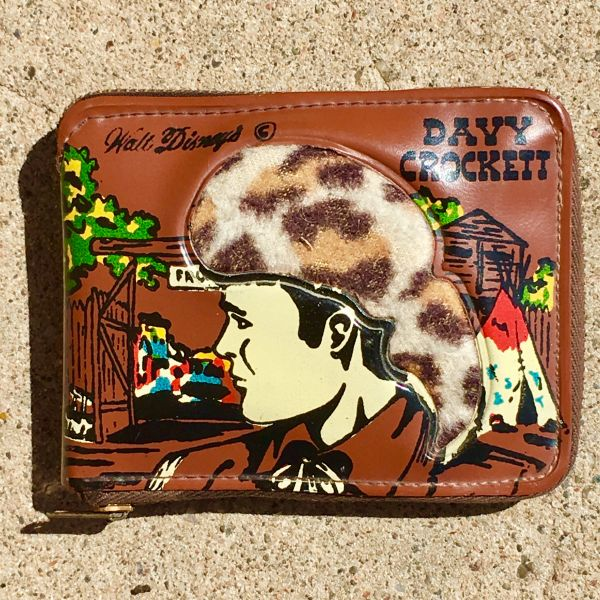 SOLD 1940s DAVEY CROCKET GUTTED PLEATHER ZIPPER WALLET TO USE FOR CASH OR CHANGE