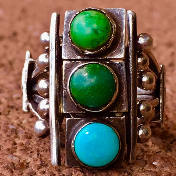 1910s INGOT SILVER STOPLIGHT HAND DRAWN WIRE TURQUOISE PUZZLE PINKY RING