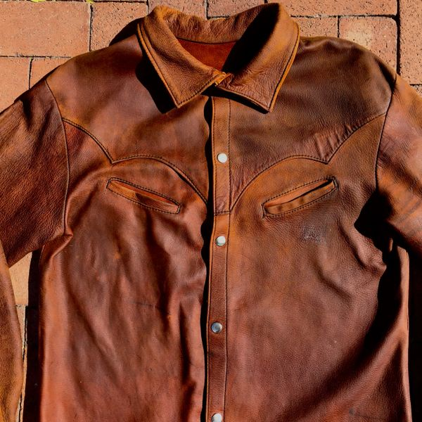 SOLD 1970s EXCEPTIONAL HANDMADE SUPPLE, SQUISHY SOFT DEERSKIN LEATHER METALSNAP WESTERN SHIRT JACKET