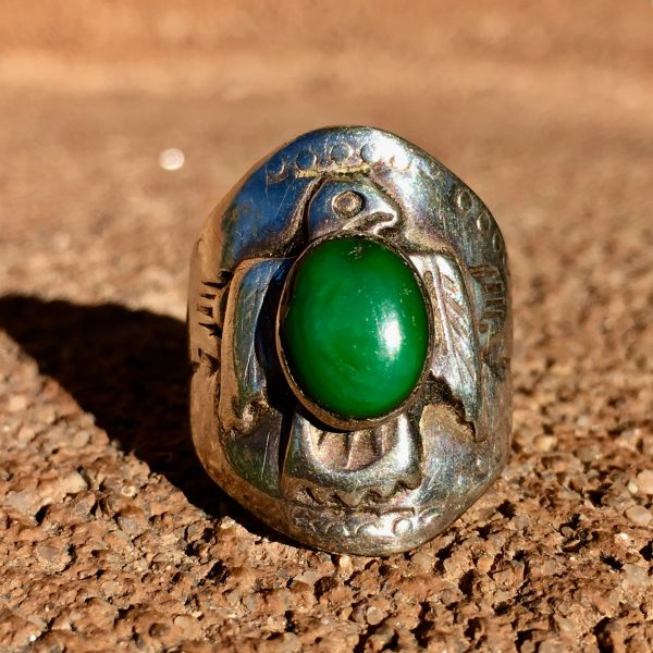 SOLD 1920s THIN INGOT SILVER ARROWS & THUNDERBIRD GREEN TURQUOISE CIGAR BAND RING