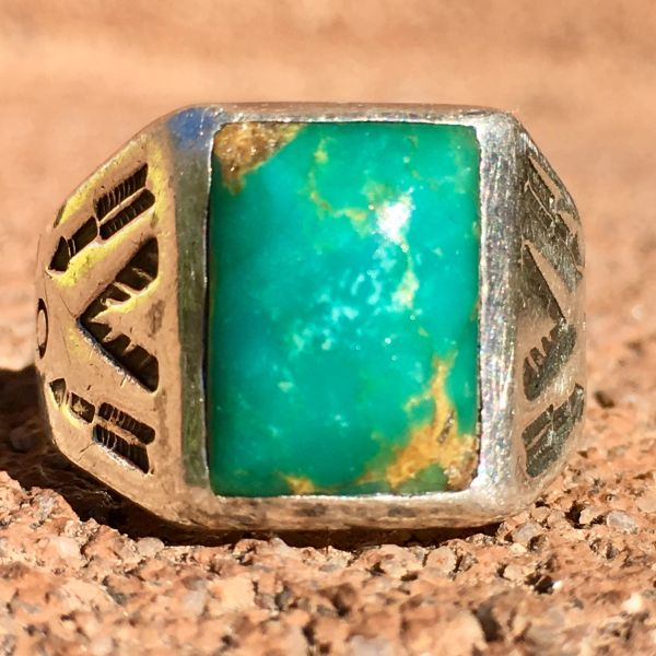 SOLD 1930s GREEN & BLUE TURQUOISE SIDE STAMPED ARROWS RECTANGLE SILVER RING